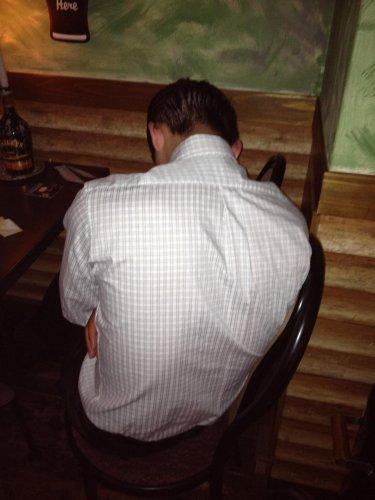A級昇級決定時の疲労の背中