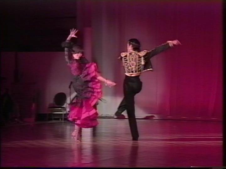 社交ダンス|吉川市|ダンスホール