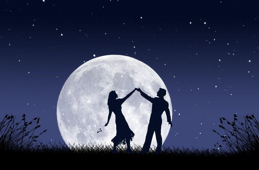 dancing-in-the-moonlight